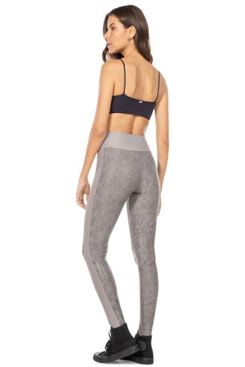 Top Body Curve Essential Preto e Calça Fusô Up Style Gris